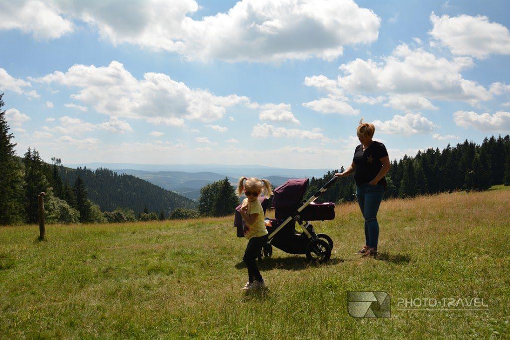 Jugów i Polana Jugowska z dziećmi. Rodzinny blog podróżniczy. Hania, Wiki i Franek na tropie przygody