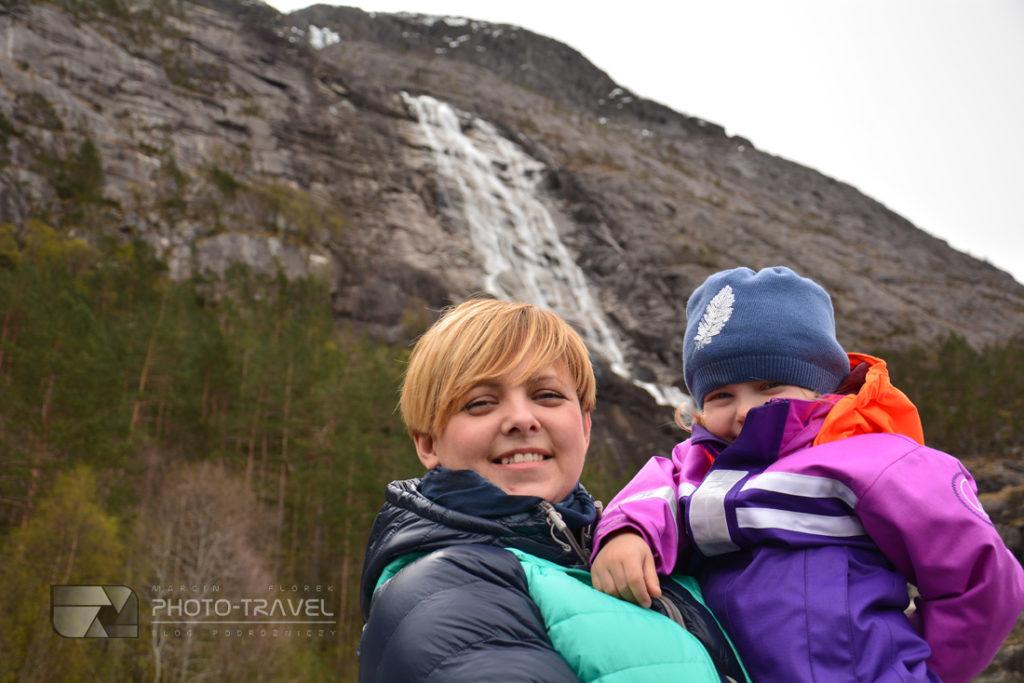wodospad Langfoss czyli największa artakcja Norwgii.