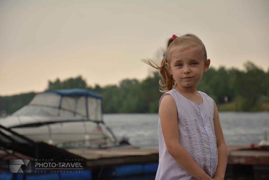 Hania poznaje świat - podróże z dziećmi. Port Uraz