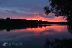 Zachód słońca nad jeziorem Głębokim