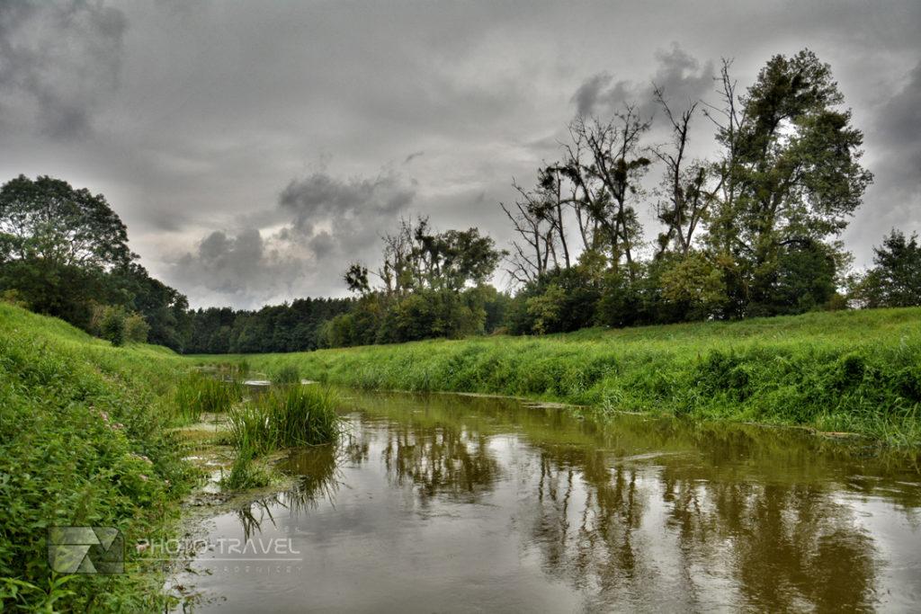 Rzeka Barycz przepływająca przez Milicz. Główne atrakcje turystyczne w Miliczu
