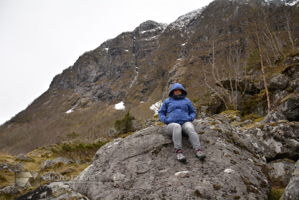 Czyste powietrze w Norwegii. Wszysto porastają mchy i porosty
