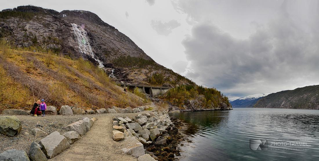 wodospad Langfoss, uznany przez CNN za jeden z 10 najpiękniejszych wodospadów na świecie