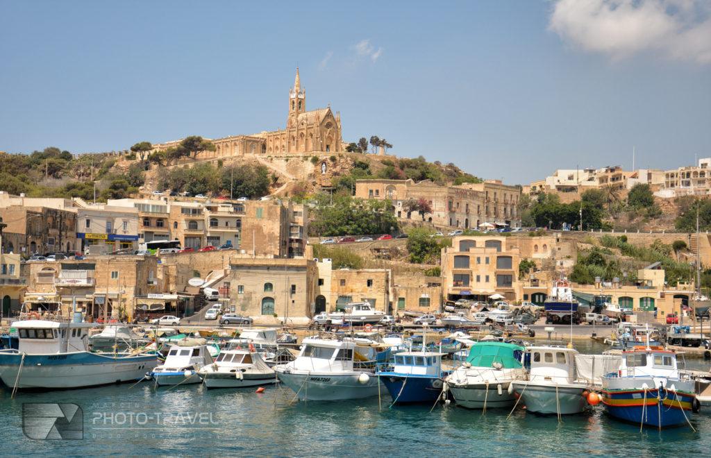 Mgarr - miasteczko portowe na Gozo
