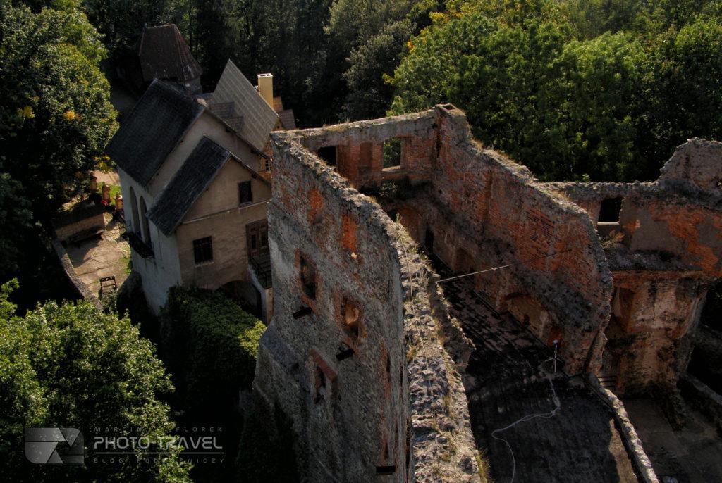 Zamek Grodno w Zagórzu Śląskim - widok z wieży