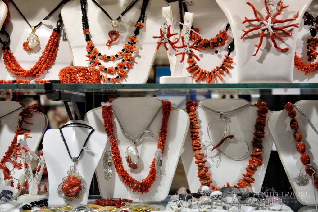 Naszyjnik z czerwonych korali z Alghero - lokalne produkty z Sardynii