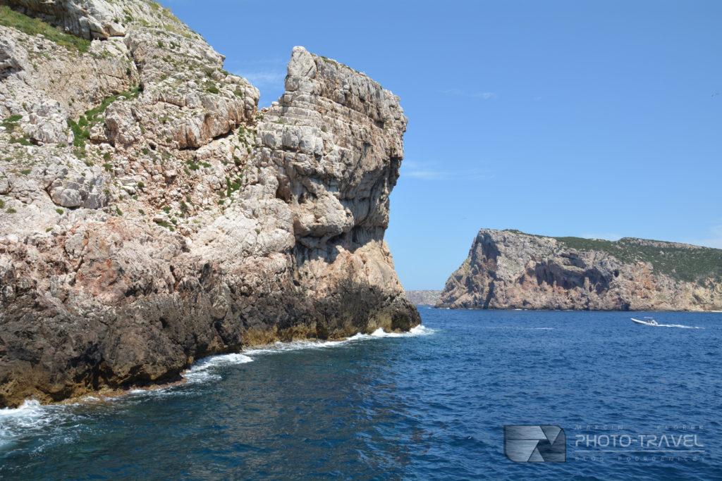 Klify na półwyspie Capo Caccia w Alghero