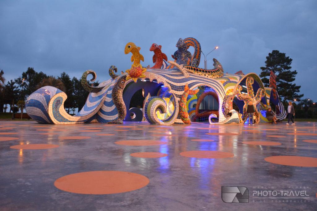 Park 6-go maja - rzeźby