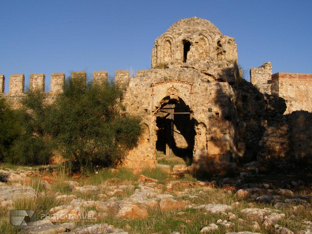 Twierdza w Alanyi - kościół Bizantyjski
