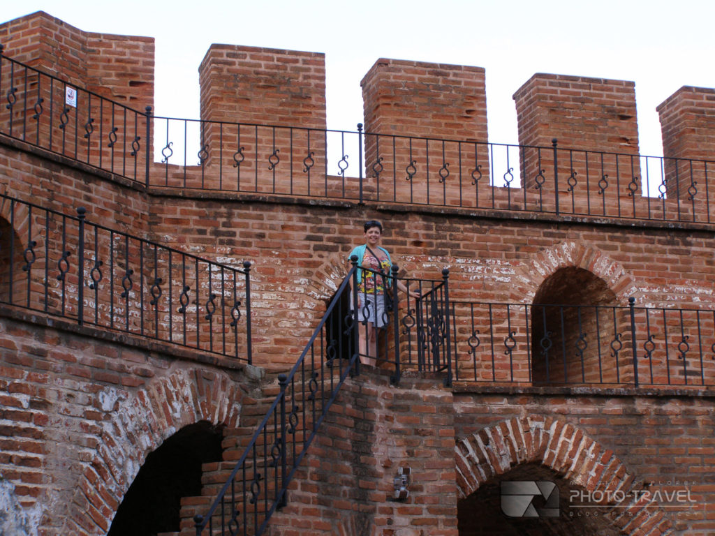 Czerwona wieża w Alanya