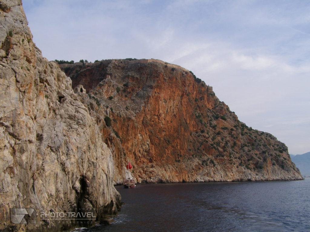 Rejsy wycieczkowe do jaskiń w Alanyi