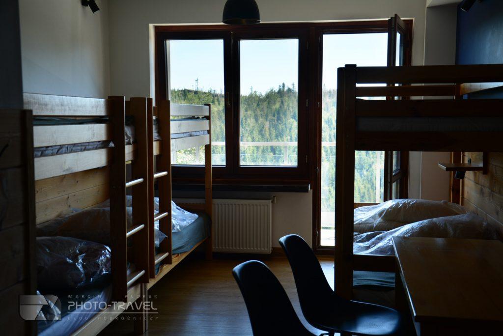 Łóżka piętrowe w Schronisko PTTK Przysłop w Beskidach