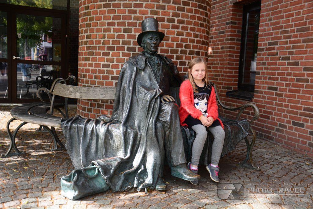 Rzeźba Andersena w Odense