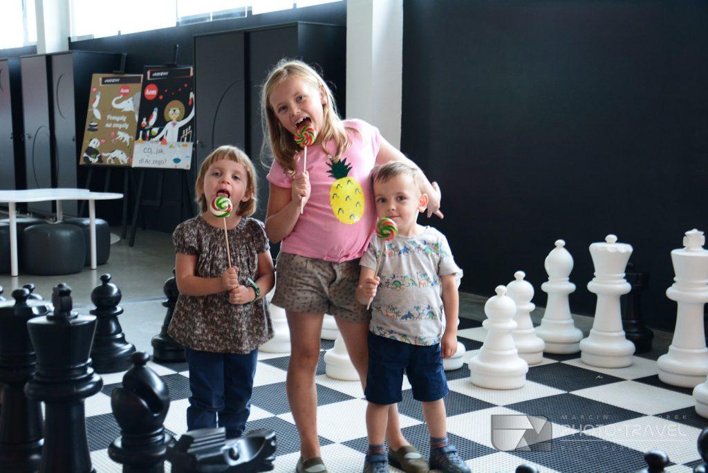 Kreatywny Obiekt Multifunkcyjny w Miliczu z dziećmi