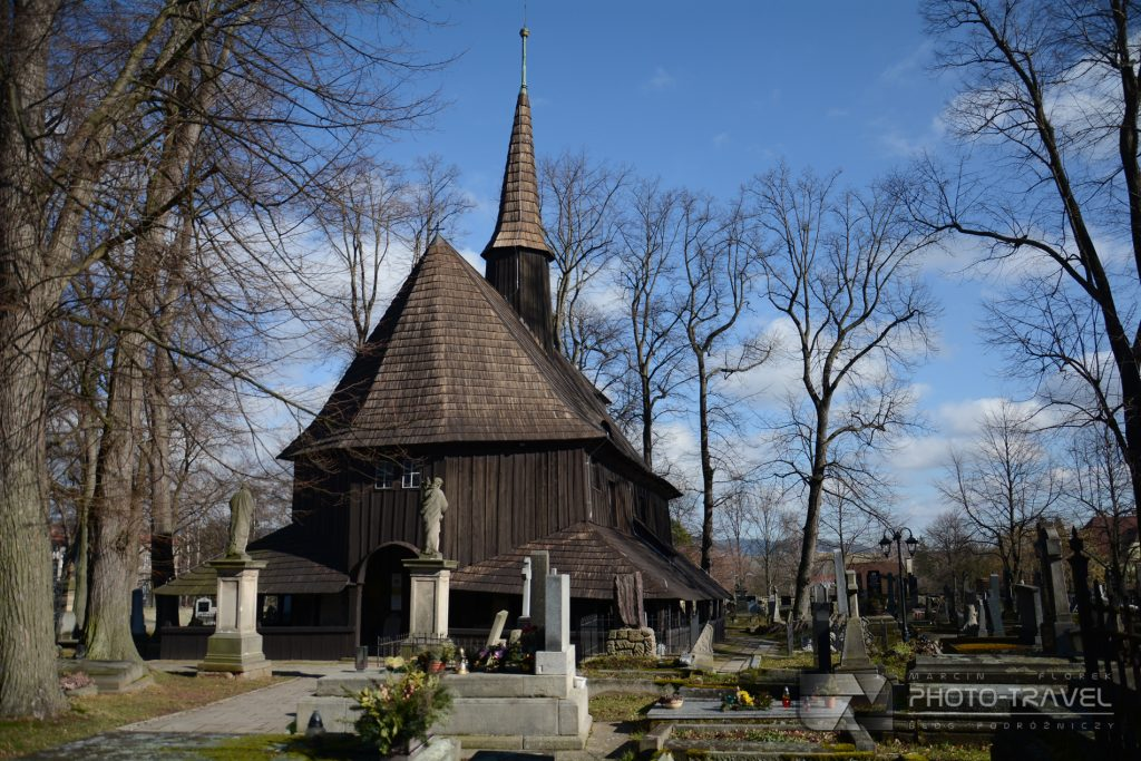 Broumov - Drewniany Kościółek