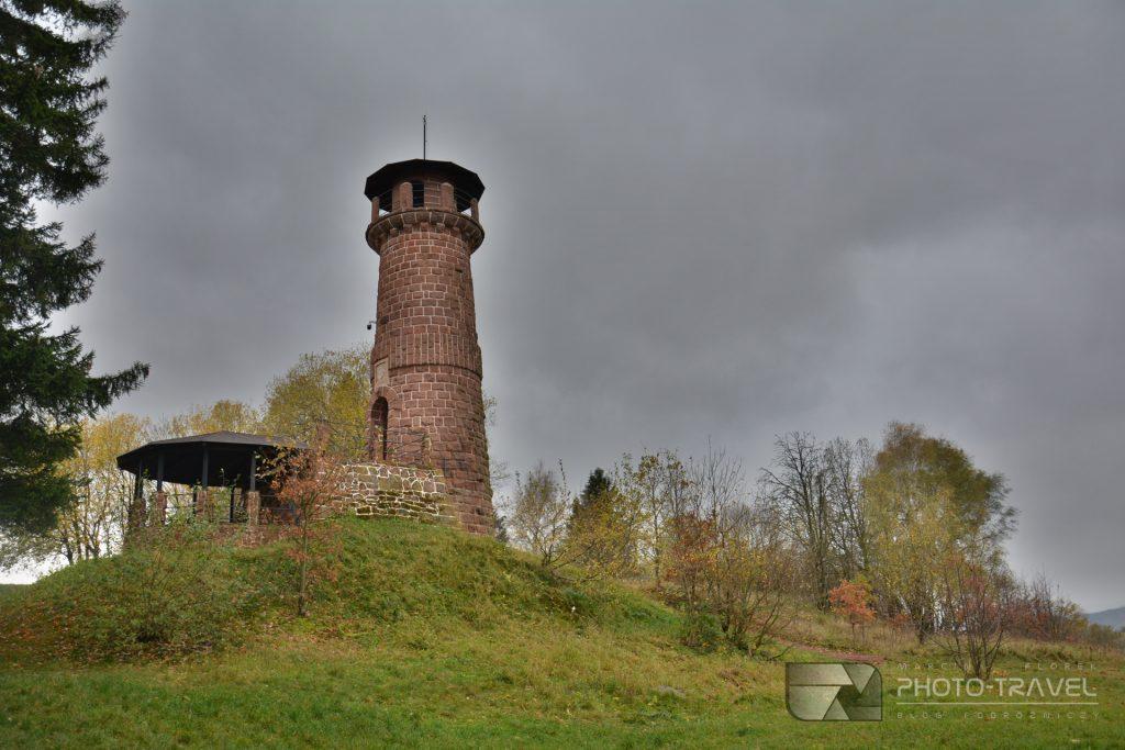 Wieże widokowe w Nowej Rudzie - Wieża widokowa na Górze Wszystkich Świętych