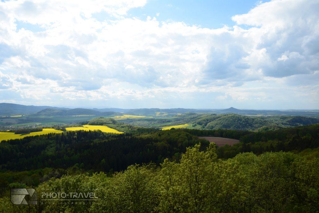Wieże widokowe na Dolnym Śląsku - wieża w Krainie Wygasłych Wulkanów