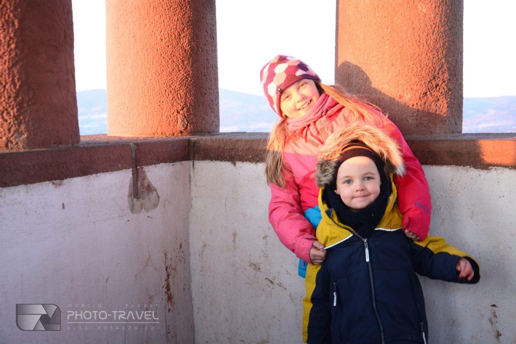 Wieża widokowa na Górze Świętej Anny w Nowej Rudzie- Wieże widokowe na Dolnym Śląsku z dziećmi