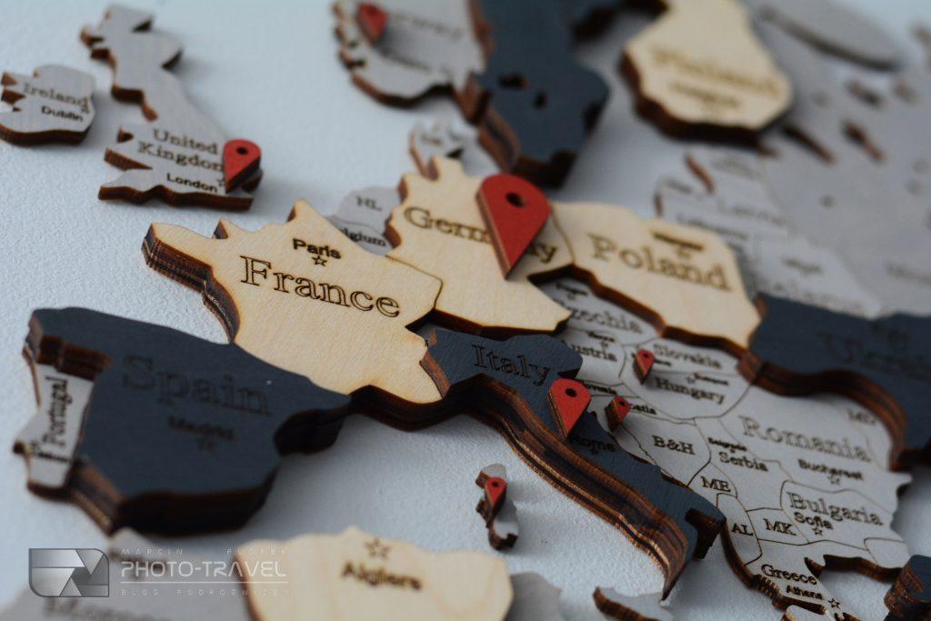 Drewniana mapa świata LosokaWood ze znacznikami do zaznaczania