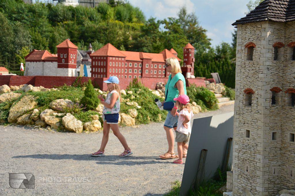 JuraPark Bałtów – Bałtowski Kompleks Turystyczny - Park Miniatur